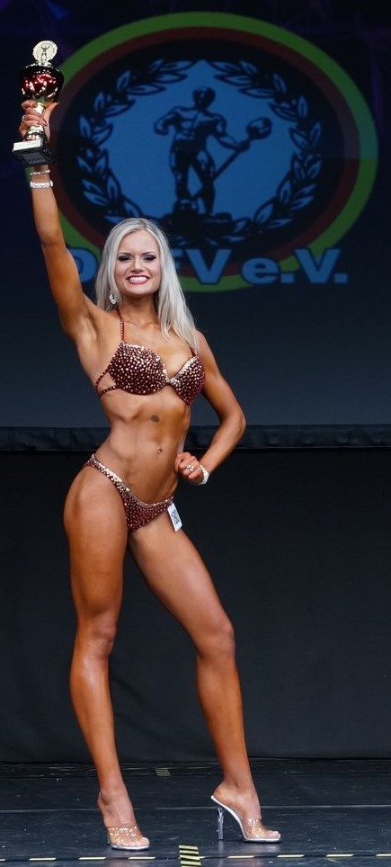 Nicole Pruszak Bikini Fitness Juniorinnen Athletin