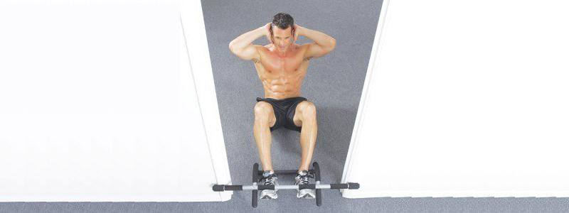 Sit Ups mit der Irongym Trainingsstange