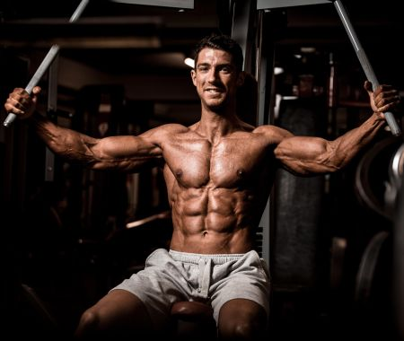 Brusttraining Mens Physique Mario  Liske