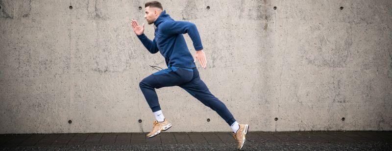 Sprints verbessern die Ausdauer und Fettverbrennung im HIIT Workout