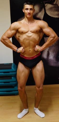 Team Sportnahrung Engel Athlet Joshua Danielewski Junioren Bodybuilding