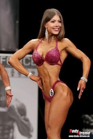 Leonie Fässer Bikini Athletin