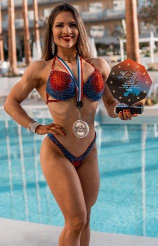 Lisa Meiswinkel Deutsche Meisterin Bikini Welness